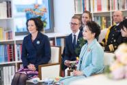彭丽媛同芬兰总统夫人豪吉欧欣赏音乐诗会
