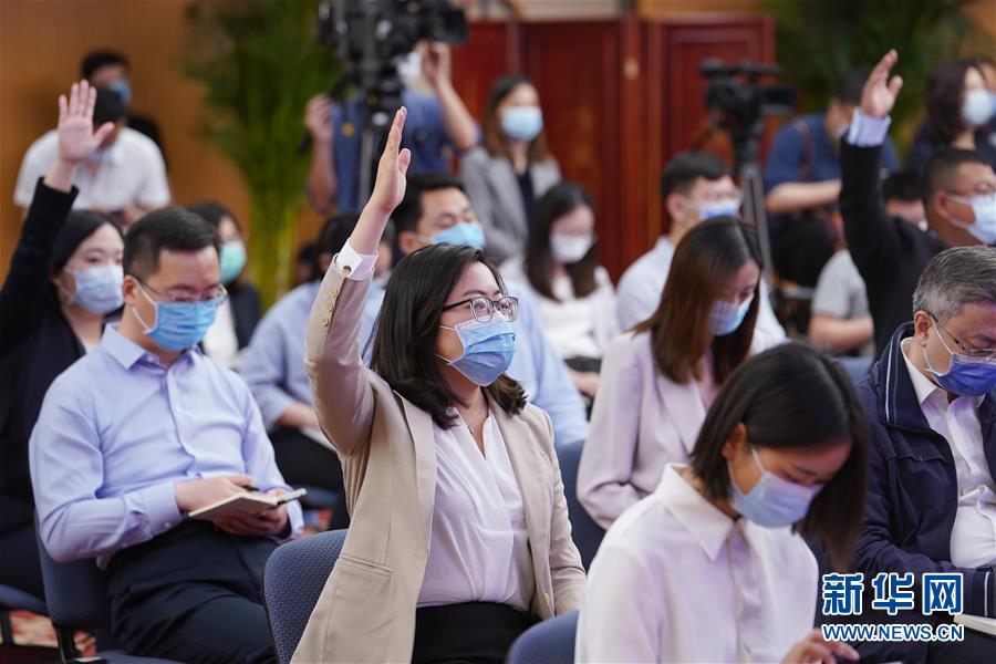 (两会)(6)国务委员兼外交部长王毅就中国外交政策和对外关系回答中外记者提问