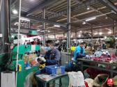 廣東龍門:企業發放禮包福利 鼓勵員工就地過年